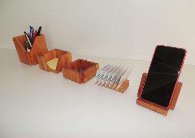 Set de escritorio ejemplo. Madera maciza especial limitada (Sabina) 5p